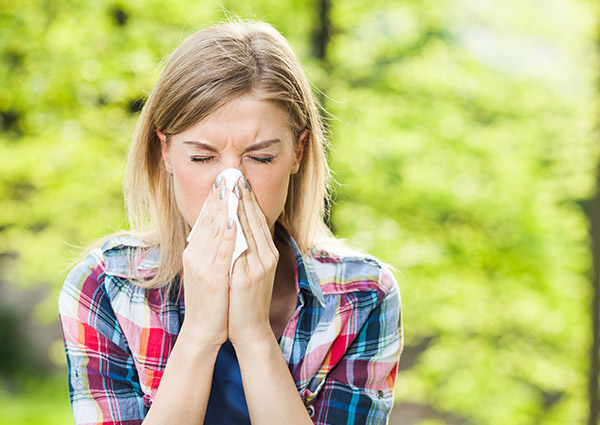 Do You Have Seasonal Allergies or a Cold?