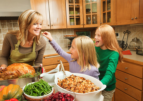 Hone Your Healthy Habits for the Holidays<br />